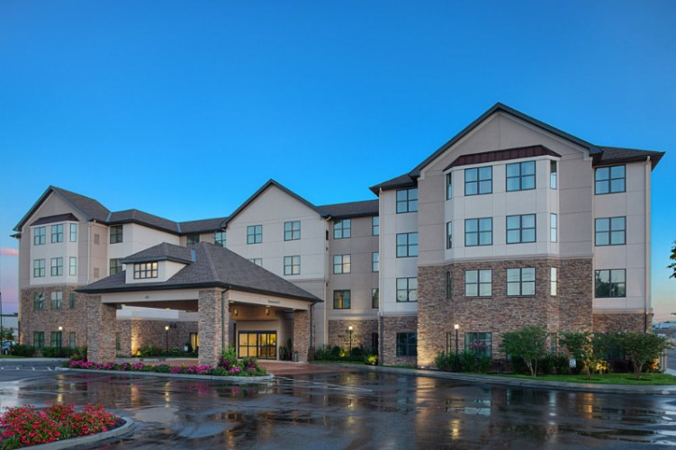 Homewood Suites Carle Place Garden City