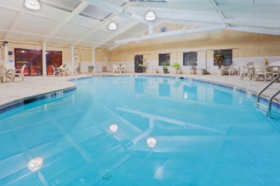Indoor Pool 4 of 22