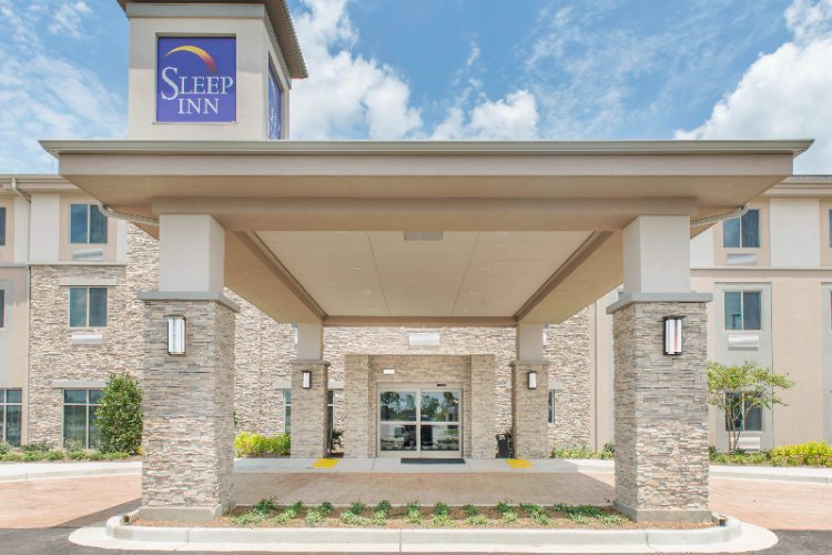 Sleep Inn & Suites Defuniak Springs / Crestview 1 of 16