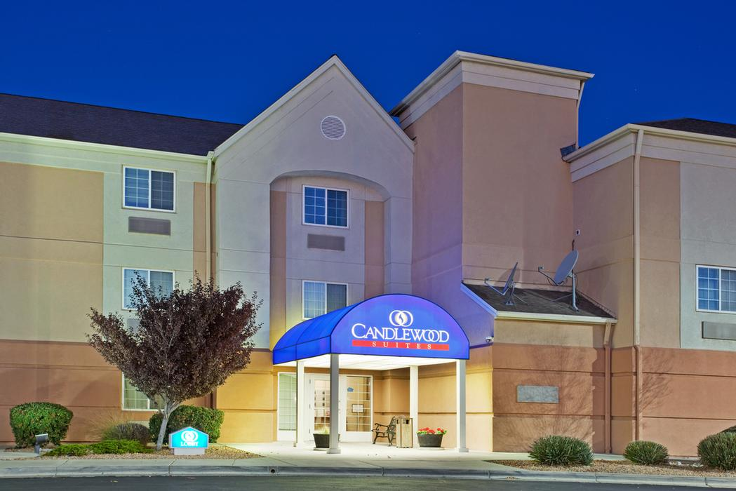 Candlewood Suites Albuquerque Midtown 1 of 9