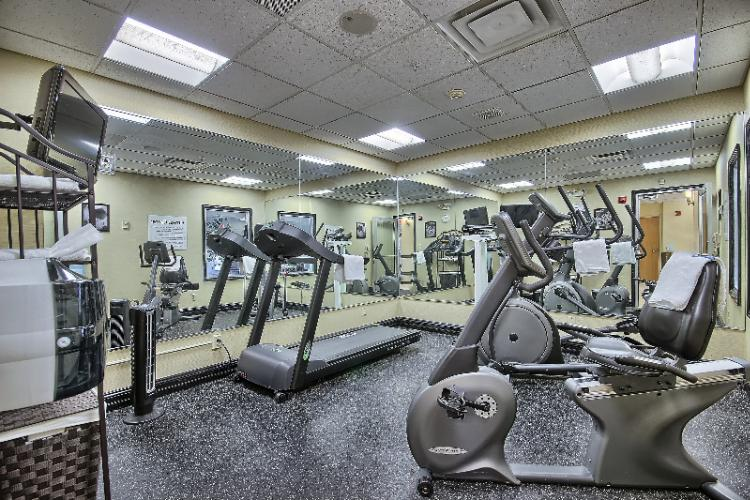 Fitness Center 8 of 16