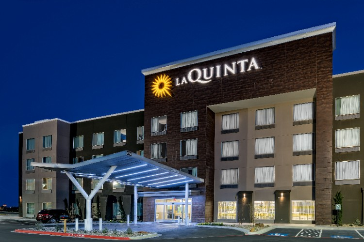 La Quinta Inn & Suites Odessa Sienna Tower 1 of 16