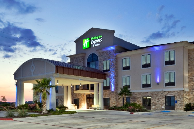 Holiday Inn Express & Suites Hutto 1 of 11