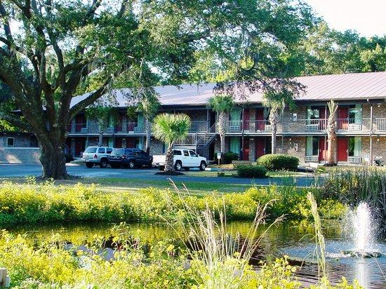 Quality Inn St. Helena Beaufort South 1 of 4