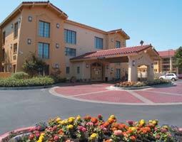 La Quinta Inn Fresno Yosemite 1 of 9