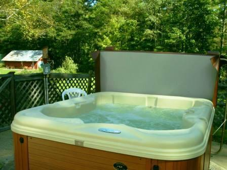 4-People Outdoor Hot Tub Available Year Round 6 of 12