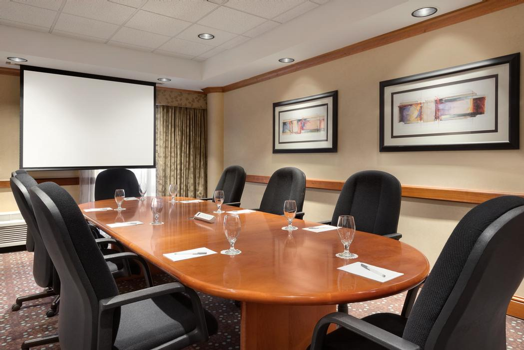 Executive Board Room 9 of 12