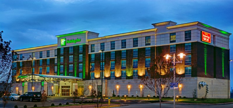 Holiday Inn Owensboro Riverfront 1 of 16