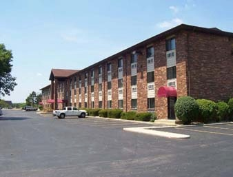 Days Inn Bridgeview 1 of 6