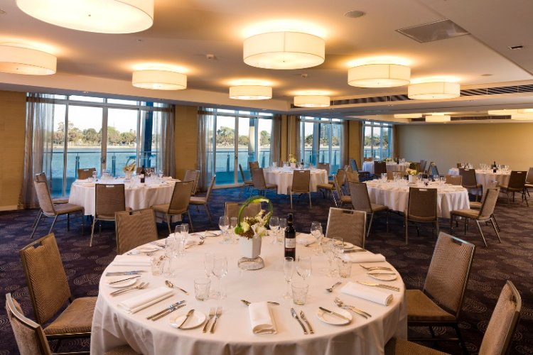 Breathtaking Function Venues In Mandurah With Water Views 3 of 16