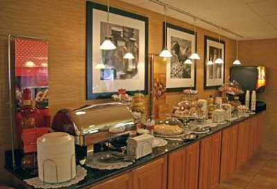 Enjoy Our Hot Breakfast Buffet 5 of 15