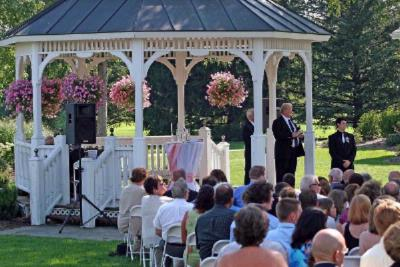 Beautiful Gazebo Weddings 15 of 28