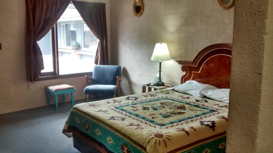Deluxe Single Room 13 of 14