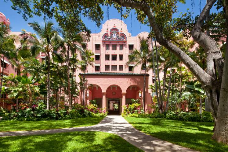The Royal Hawaiian a Luxury Collection Resort 1 of 10