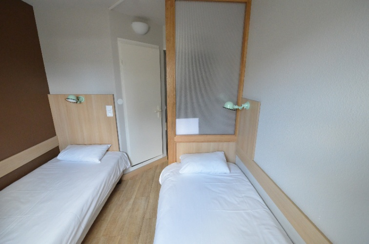Twin Room With Separate Beds 15 of 19