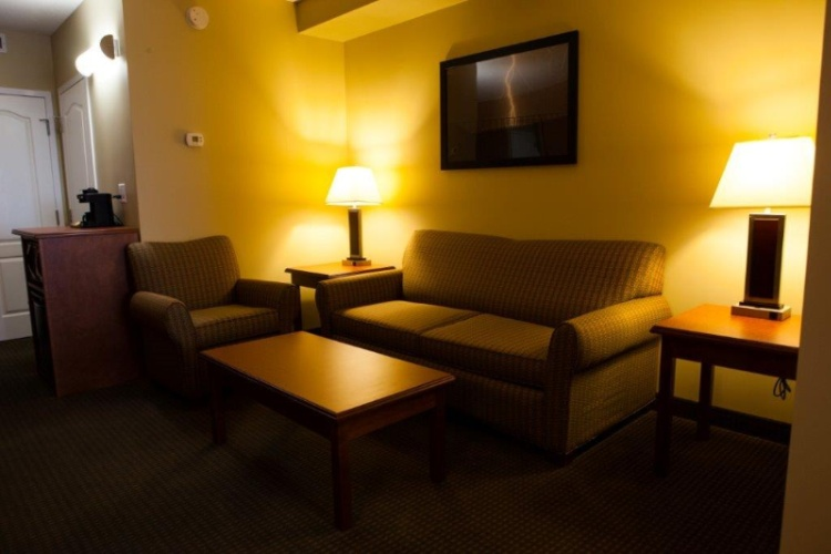 Junior Executive Suite Sitting Area 13 of 24