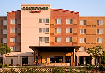 Courtyard by Marriott Schaumburg