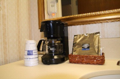 Guestroom Amenities 12 of 16