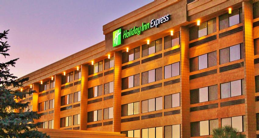 Holiday Inn Express Flagstaff 1 of 7