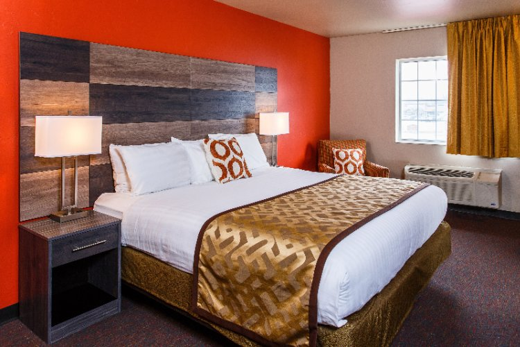 Hotel J Green Bay 2620 South Packerland Dr Wi 54313