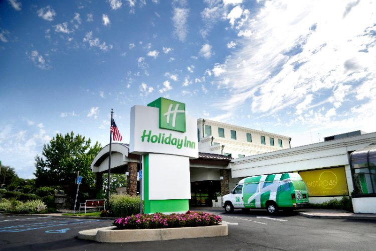 Holiday Inn Plainview 1 of 27