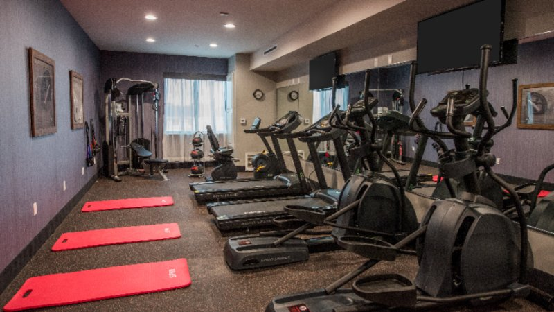 Fitness Center 19 of 25