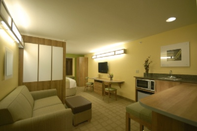 Suite Room 4 of 11