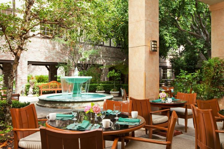 Garden Court Patio Dining 17 of 18