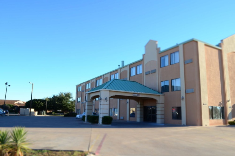 Americas Best Value Inn & Suites Abilene Mall 1 of 10