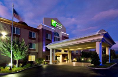 Holiday Inn Express Hotel & Suites Medford Central 1 of 11