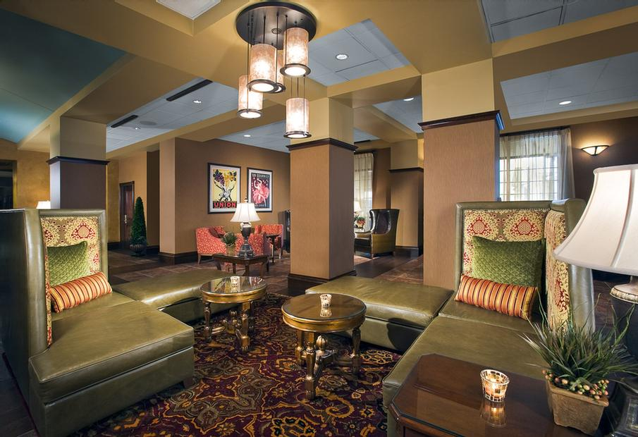 Spa Chateau 4 of 12