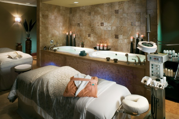 Couples Spa Room 9 of 12