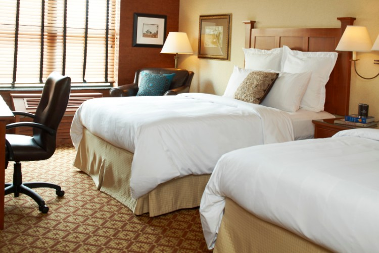 From Business Travels To Weekend Getaways Enjoy Our Beautifully Appointed Guest Rooms. 4 of 11