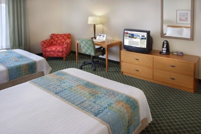 Fairfield Inn And Suites 2 Double Bed Room 4 of 10