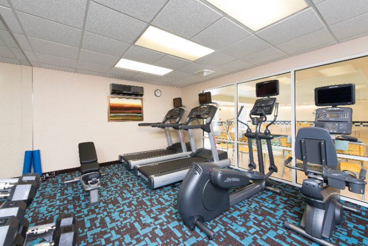 24 Hour Fitness Room 3 of 11