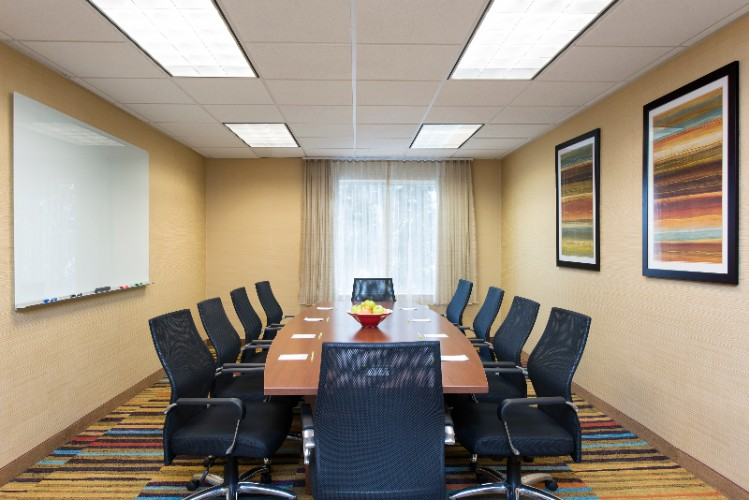 Board Room Seats Up To 10 People 7 of 11