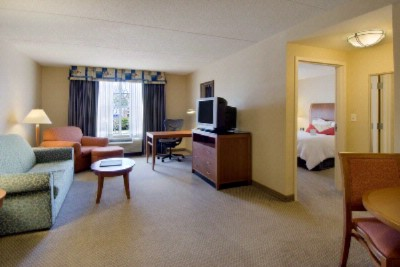 One Bedroom Suite With King Size Bed 4 of 13
