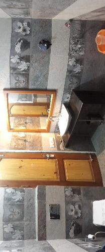 En-Suite Bathroom 9 of 9