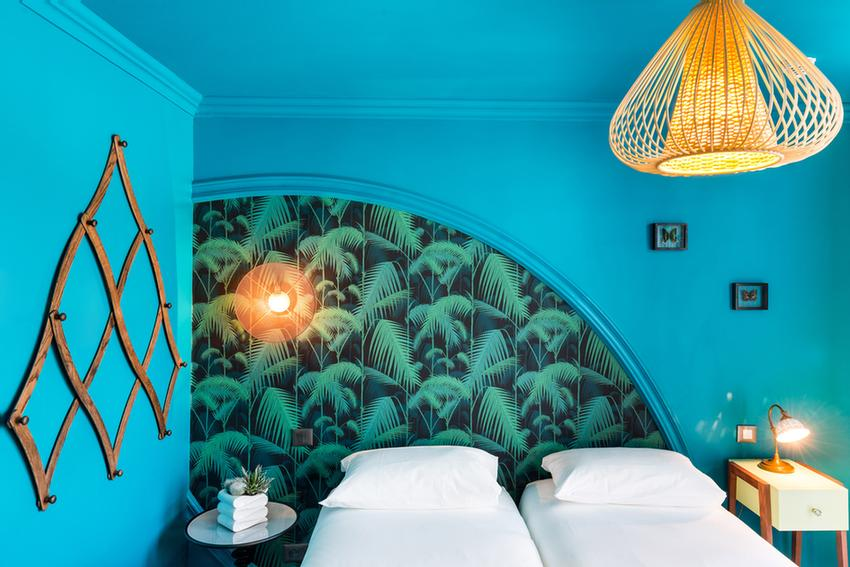 Blue Tropical Twin Room 4 of 19