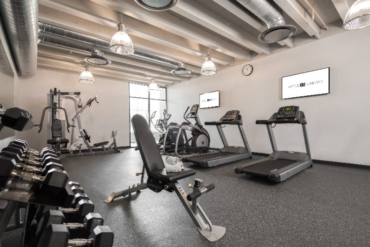 Hotel Renovo Des Moines Fitness Center 6 of 13