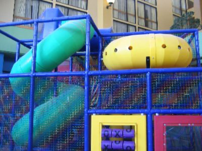 Children\'s Play Area 2 of 16
