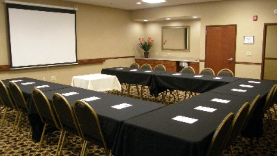 Main Meeting Room Can Be Divided Into Two Smaller Rooms. 6 of 11