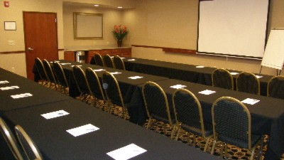 Main Meeting Room Can Be Divided Into Two Smaller Rooms 7 of 11