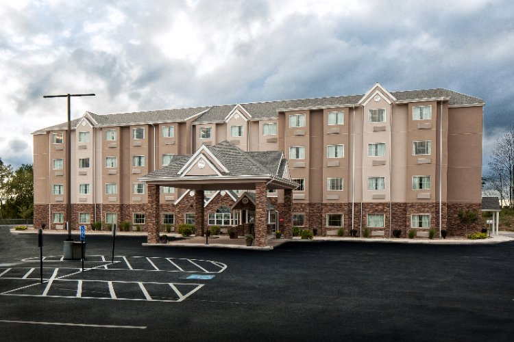 Microtel Inn & Suites by Wyndham 1 of 19