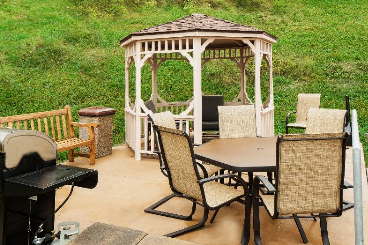 Outdoor Gazebo With Grill 13 of 19