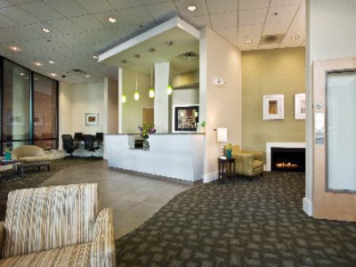 Best Western Plus Philadelphia Airport South at Widener Universit