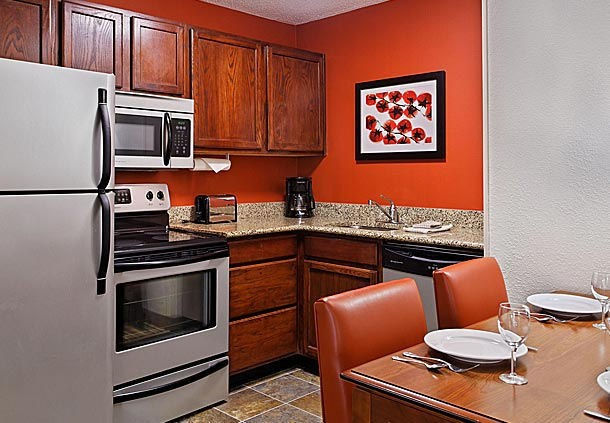 Suites Offer Fully-Equipped Kitchens 6 of 9