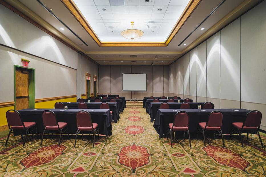 Meetings And Breakout Space For Over 350 13 of 13