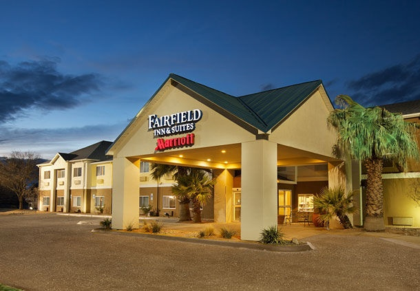 Fairfield Inn & Suites Midland 1 of 7