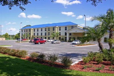 Days Inn & Suites Lakeland 1 of 22
